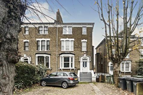 Ravensbourne Park, London, SE6. 2 bedroom apartment for sale