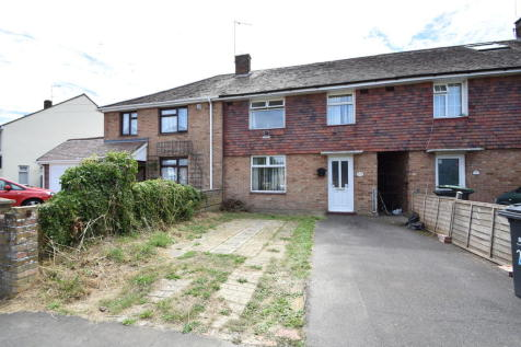 St Nicholas Road, Havant. 3 bedroom terraced house
