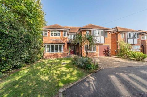 Blossom Grove, Woodley, Reading. 5 bedroom detached house for sale