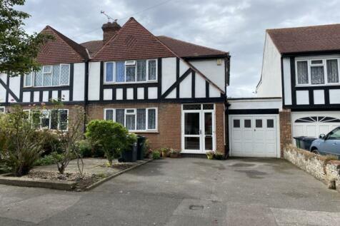 Knole Road, West Dartford, DA1. 3 bedroom semi-detached house
