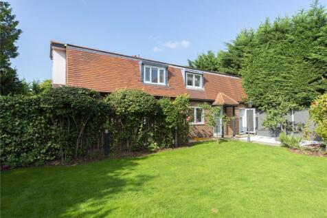 West Road, Kingston upon Thames, Surrey, KT2. Property