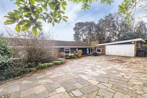 Coombe Ridings, Kingston Hill, Surrey, KT2. 5 bedroom bungalow for sale
