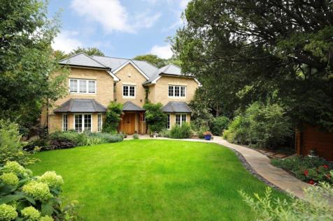 Woodview Close, Kingston Vale, London, SW15. House for sale
