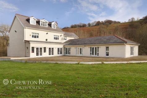 Trinant Hall Lane, Abertillery, South Wales. 7 bedroom detached house for sale