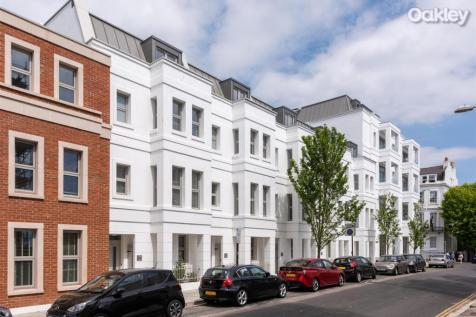 Montpelier Place, Brighton & Hove. 4 bedroom terraced house for sale