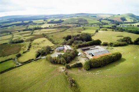 Llanwrtyd Wells. Property for sale