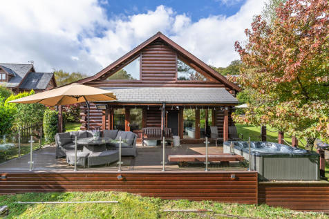 21 Oakmead Road, Meiros Valley, Llanharan, Pontyclun, Rhondda Cynon Taff, CF72 9FB. 3 bedroom detached house for sale