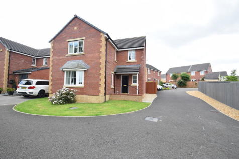 18 Rhodfa Cnocell Y Coed, Broadlands, Bridgend, Bridgend County Borough, CF31 5FS. 4 bedroom detached house