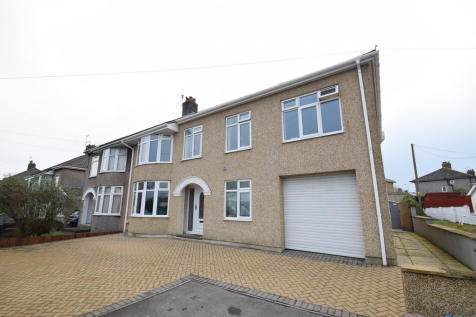 59 Priory Avenue, Bridgend, Bridgend County Borough, CF31 3LP. 5 bedroom semi-detached house