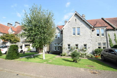 30 Preswylfa Court, Bridgend, Bridgend County Borough, CF31 3NX. 4 bedroom semi-detached house