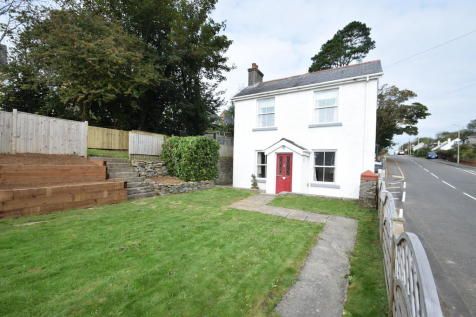 Delfryn, 39 Cefn Glas Road, Bridgend, Bridgend County Borough, CF31 4PG. 3 bedroom detached house