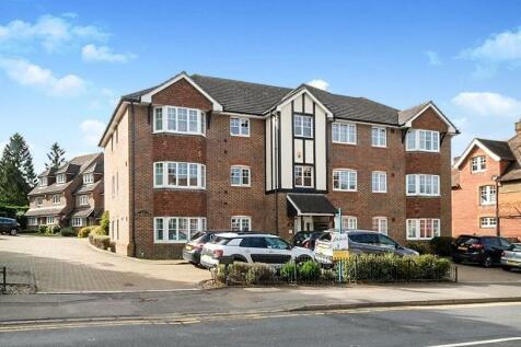 Pembury Road, Tonbridge. 2 bedroom flat