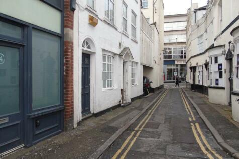 Boyces Street, Brighton,. 4 bedroom house