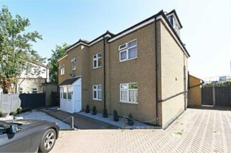 Renters Avenue, Hendon, NW4. 3 bedroom flat