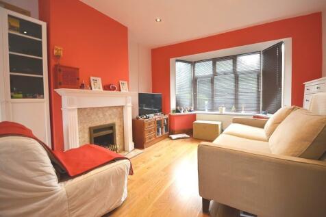 Wilmar Close, Uxbridge, UB8. 3 bedroom semi-detached house
