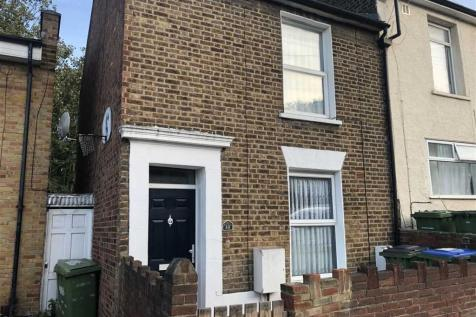 Masons Hill, Woolwich. 2 bedroom terraced house
