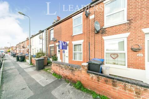 Bramford Lane. 2 bedroom terraced house
