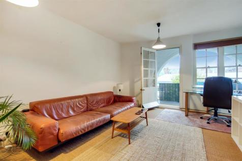 Club Row, London, E2. 1 bedroom apartment