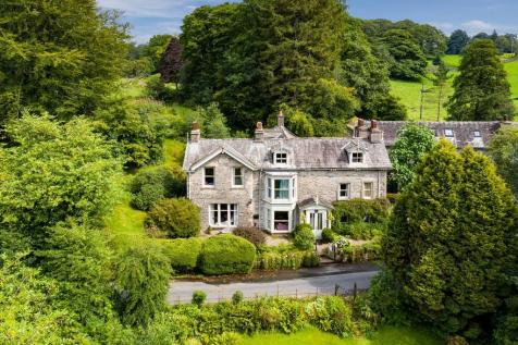 Low House, Cleabarrow, Windermere, LA23 3NA. 8 bedroom detached house for sale