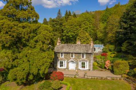Fell Foot Cottage, Newby Bridge, Ulverston, LA12 8NN. 4 bedroom detached house for sale