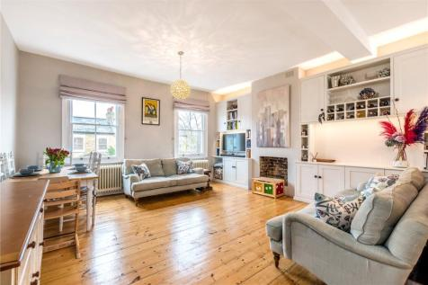 Crystal Palace Road, East Dulwich, London, SE22. 3 bedroom apartment