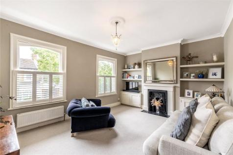 Crystal Palace Road, East Dulwich, London, SE22. 2 bedroom apartment