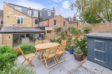 Bellenden Road, Peckham Rye, London, SE15. 4 bedroom terraced house for sale