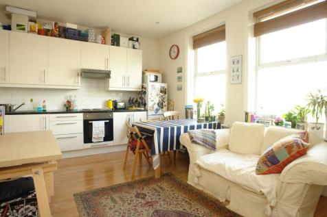 Solway Road, East Dulwich, London, SE22. 1 bedroom apartment