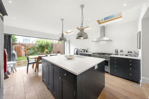 Pellatt Road, East Dulwich, London, SE22. 4 bedroom terraced house for sale