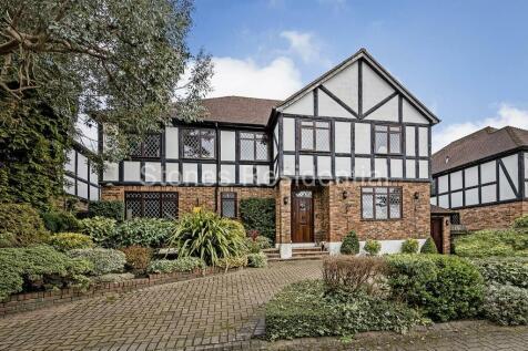 Bushey Heath. 4 bedroom house for sale