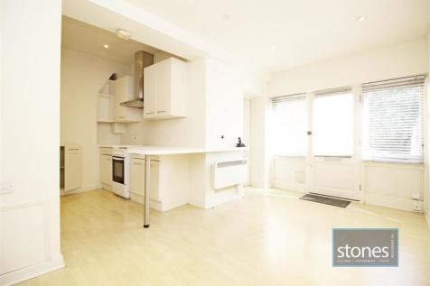 Stanmore Hill, Stanmore. 1 bedroom flat