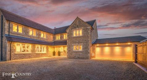 Great Casterton. 5 bedroom detached house for sale