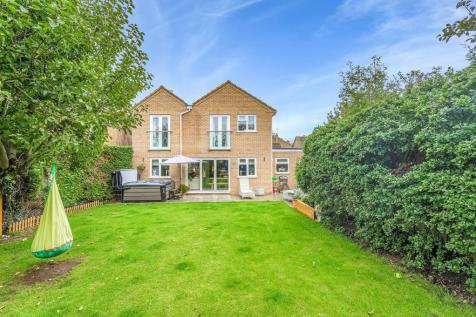 South Luffenham. 4 bedroom detached house for sale