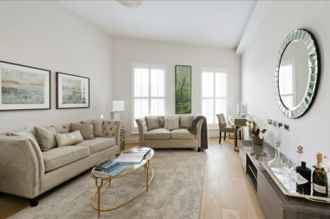Gayford Road, Shepherd's Bush W12. 5 bedroom property
