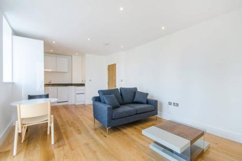 Thanet Tower, Docklands, London, E16. 1 bedroom flat