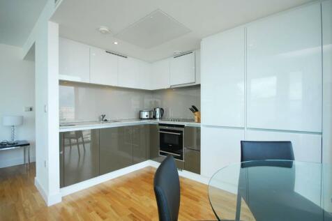 The Landmark, Canary Wharf, London, E14. 2 bedroom flat