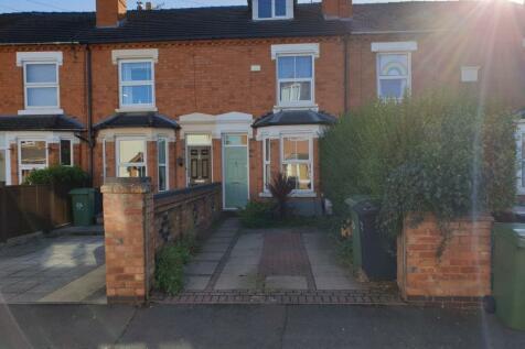Melbourne Street, Barbourne, Worcester, WR3. 3 bedroom terraced house
