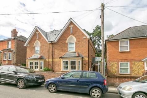 Addison Road, Guildford. 4 bedroom semi-detached house