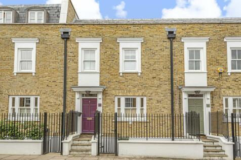 King George Street London SE10. 3 bedroom terraced house