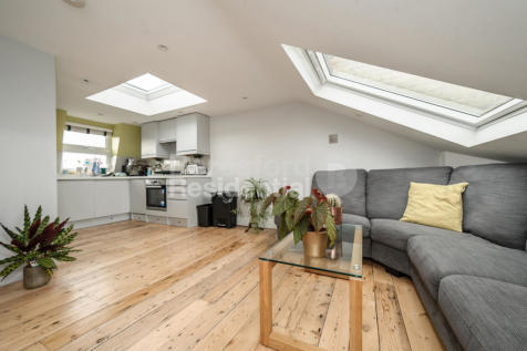 Arlingford Road, Brixton. 3 bedroom apartment
