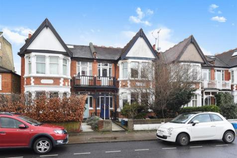 St Margarets Road, St Margarets, TW1 1PW, London - Semi-Detached / 4 bedroom semi-detached house for sale / £1,095,000