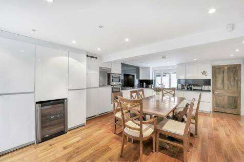 Hamilton Park, N5 1SH. 3 bedroom terraced house for sale