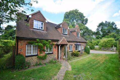 Crooksbury Road, Farnham. 4 bedroom detached house for sale