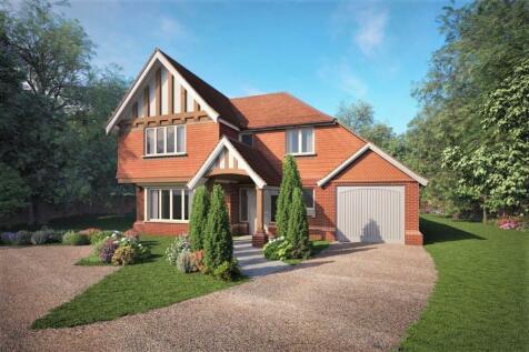 Thorn Road, Boundstone, Farnham. 4 bedroom detached house for sale