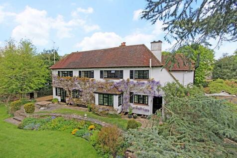 Moons Hill, Frensham. 5 bedroom detached house for sale