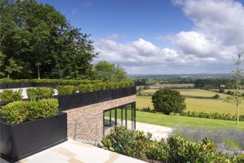 Upper Icknield Way, Bledlow, Buckinghamshire, HP27. 6 bedroom detached house for sale