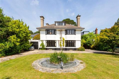 Cliff Drive, Canford Cliffs, Poole, Dorset, BH13. 5 bedroom detached house