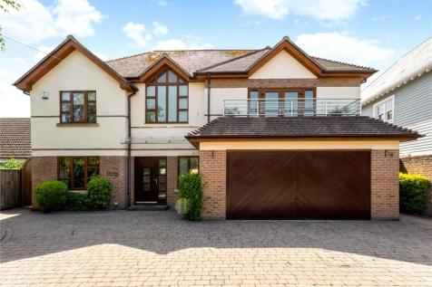 St Clair Road, Canford Cliffs, Poole, Dorset, BH13. 4 bedroom detached house