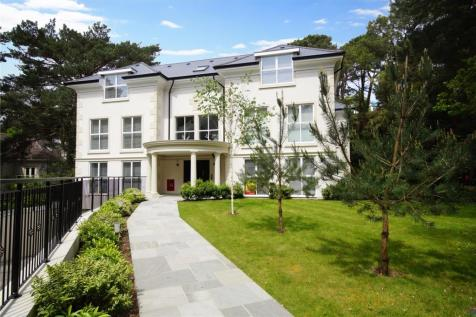 Lilliput Road, Canford Cliffs, Poole, Dorset, BH14. 3 bedroom penthouse