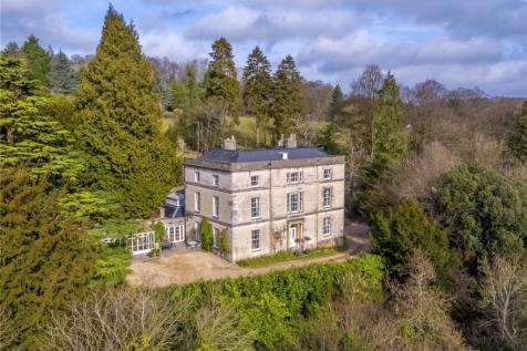 St. Marys, Chalford, Stroud, Gloucestershire, GL6. 6 bedroom detached house for sale